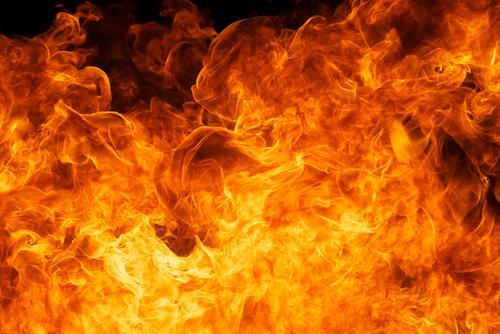 Pożar! Jak opanować emocje iratować dobytek?