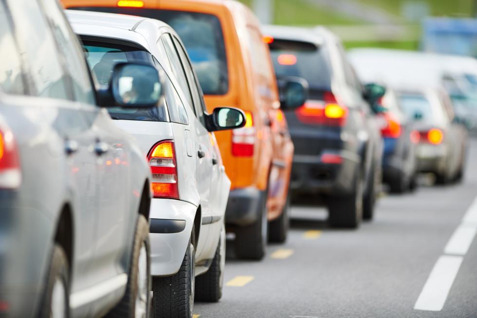 Zakaz jazdy na zderzaku nie dozweryfikowania przez policję?
